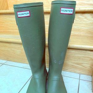 Hunter tall foldable rain boots
